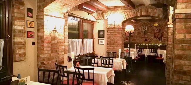 40211cec9e Poirot Belga Söröző & Pub (Érd): magyar, nemzetközi konyha - Érd