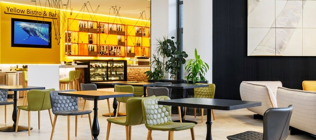 Yellow Bistro & Bar (Danubius Hotel Helia)